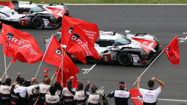Alonso, Buemi e Nakajima vencem em Silverstone e reforçam liderança