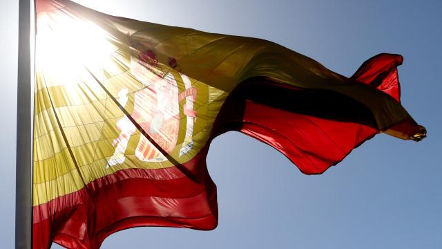 Desemprego em Espanha baixa em julho para 3,13 milhões de pessoas