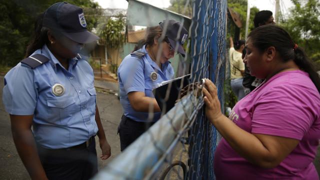 EUA exigem a devolução dos carros doados à polícia da Nicarágua