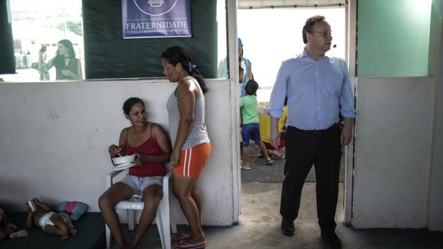 Governo do Brasil pede suspensão de decreto contra venezuelanos no país