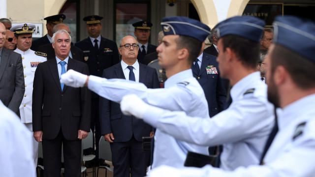 """Ministro quer que Portugal apanhe """"voo"""" do investimento na UE e NATO"""