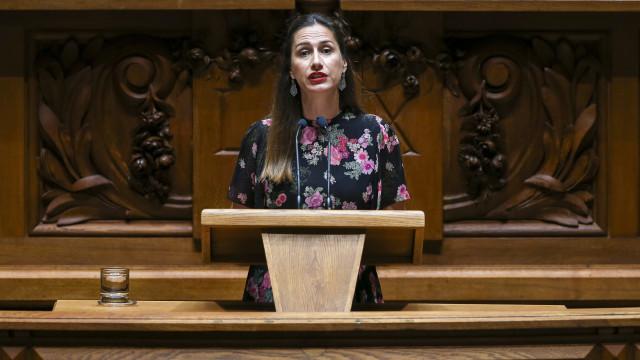 PCP leva salário mínimo de 650 euros ao plenário da Assembleia