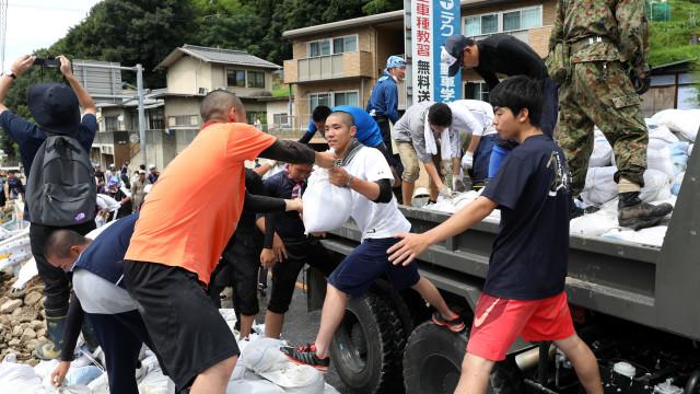 Governo japonês anuncia balanço provisório de 199 mortos