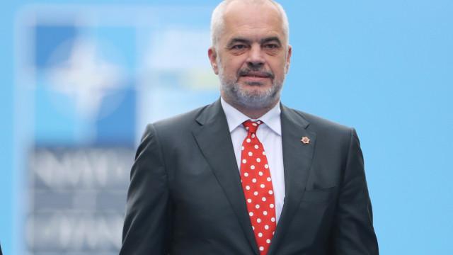 Albânia fica com primeira base aérea da NATO nos Balcãs Ocidentais