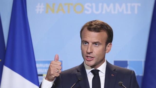 Macron desmente Trump e mantém objetivo de 2% para gastos com defesa