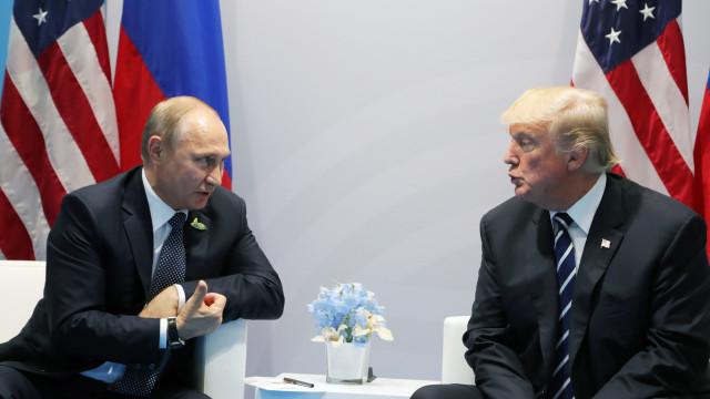Ingerência russa nas eleições, Ucrânia e Síria 'ensombram' cimeira