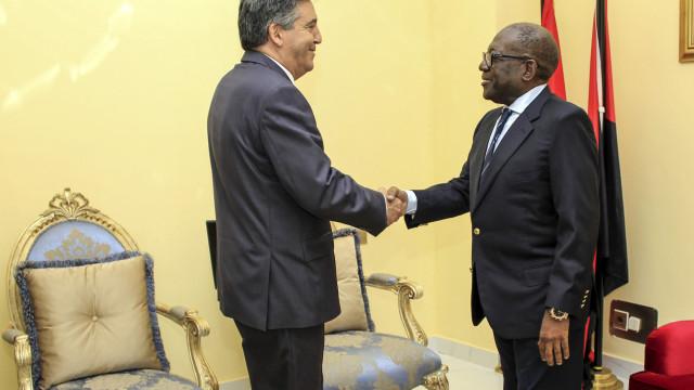 """PCP aponta como """"exemplar"""" transição no poder no MPLA"""