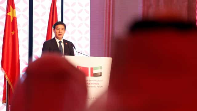 China avisa que não vai subjugar-se aos EUA nas disputas comerciais