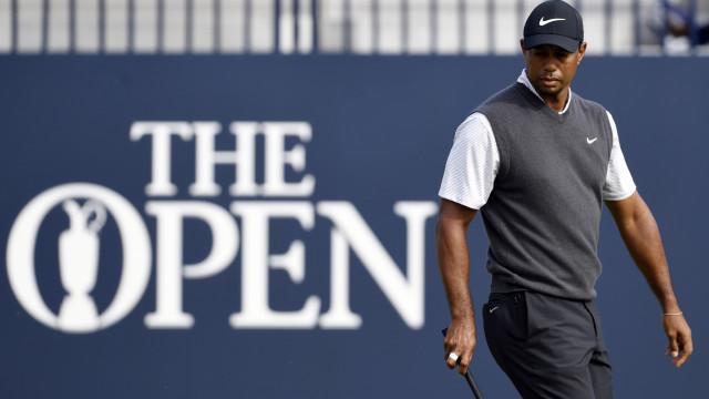 Tiger Woods brilha no 'major' britânico