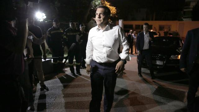 Governo grego boicota cadeia de televisão por alegadas falsas notícias