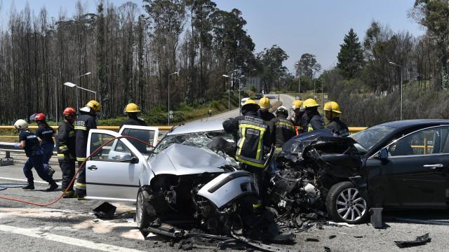 """""""Colisão frontal"""" na origem de acidente no IP3 que matou duas mulheres"""
