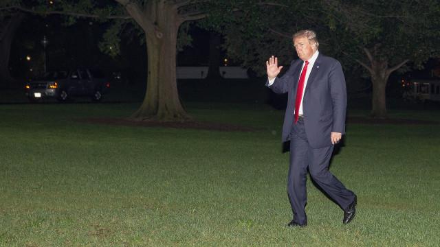Trump pede para arquivar inquérito sobre ingerência russa