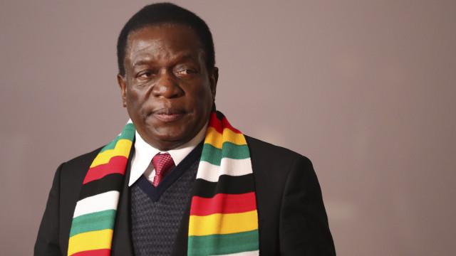 Mnangagwa proclamado Presidente do Zimbabué à 1.ª volta com 50,8%