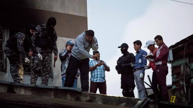 FARC condenam atentado contra Nicolás Maduro