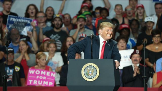 Imprensa une-se para desarmar retórica hostil de Trump contra media