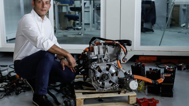 EVolution quer ter cinco centros de assistência a carros elétricos