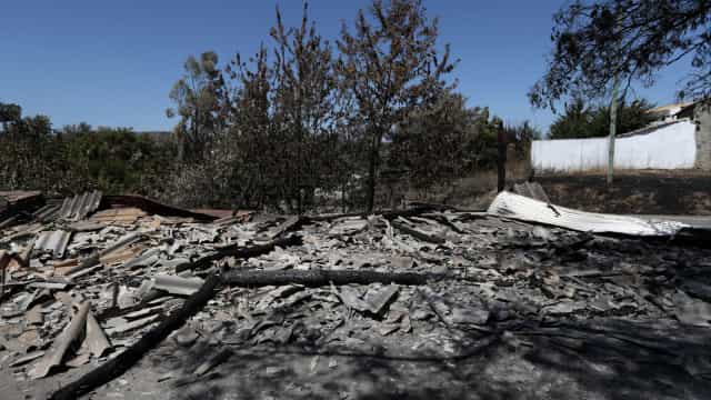 """Proteção Civil dá incêndio de Monchique como """"dominado"""""""
