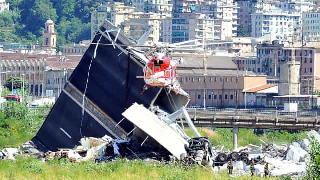 Génova: Segunda noite de buscas para tentar encontrar sobreviventes