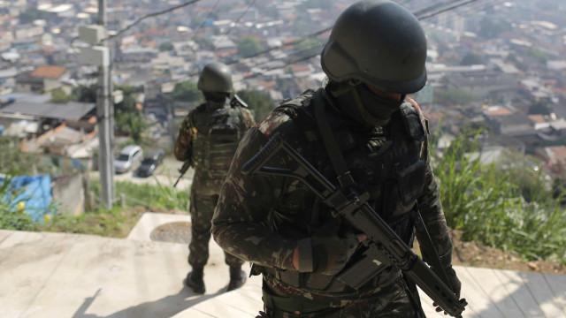 Exército repete megaoperação em favelas do Rio de Janeiro