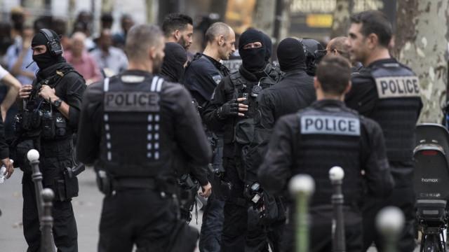 Pessoas mortas à facada em França serão a mãe e a irmã do atacante