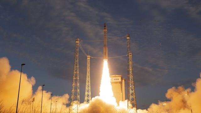 Sonda da NASA que vai estudar o interior de Marte deve aterrar hoje