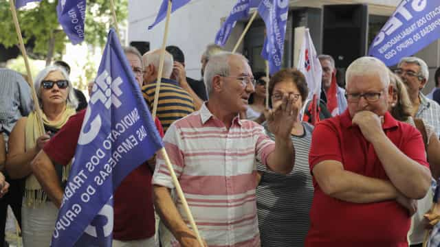 STEC diz que greve na CGD encerrou balcões, Caixa indica adesão de 30%