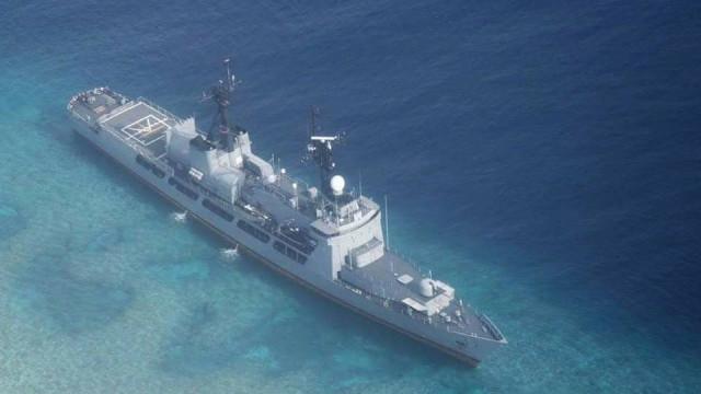 Navio chinês força contratorpedeiro dos EUA a mudar trajetória