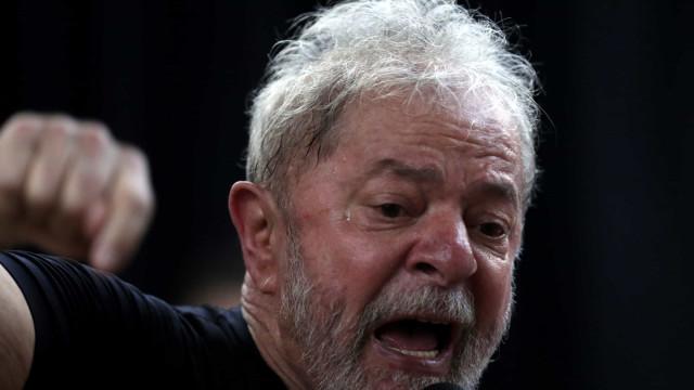 Tribunal rejeita candidatura de Lula às presidenciais por 6 votos a 1