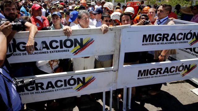 Venezuela anuncia criação de polícia migratória para atender fronteiras