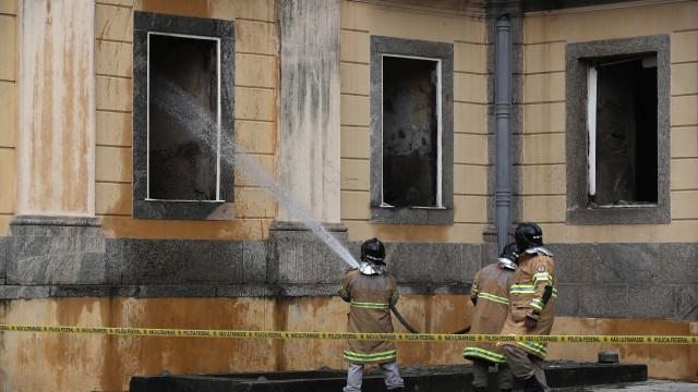 Museu do Rio de Janeiro não tinha seguro nem brigada contra incêndios