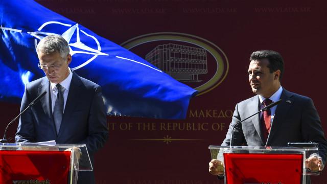 """NATO apelida de """"oportunidade histórica"""" mudança de nome da Macedónia"""