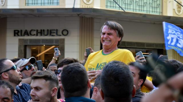 Candidato presidencial apunhalado no Brasil operado novamente