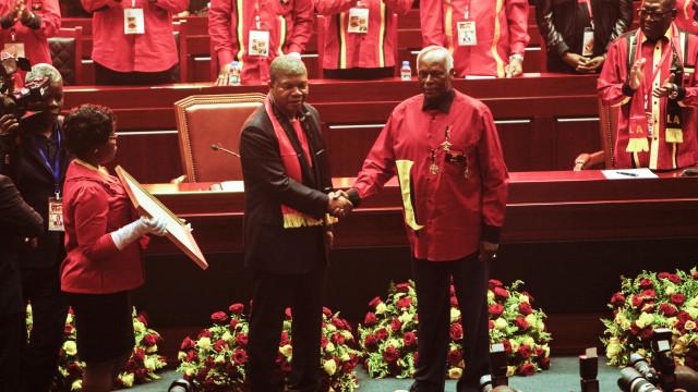 MPLA à espera da resposta de João Lourenço a José Eduardo dos Santos