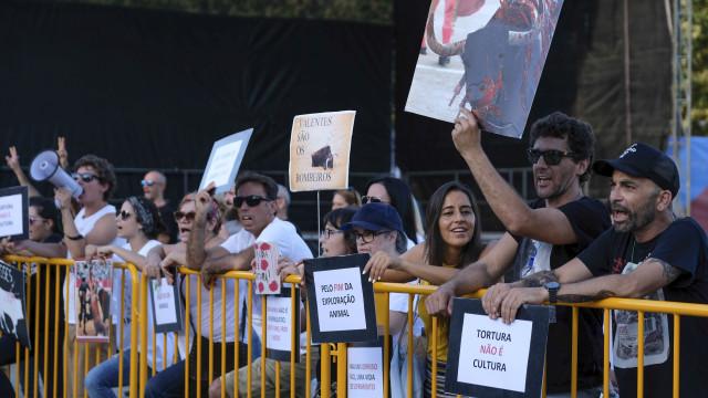 Meia centena em manifestação em Ponte de Lima contra touradas