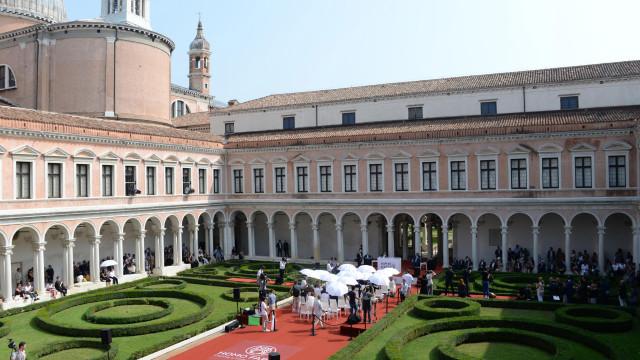 Bordado Madeira marca presença em feira internacional de Veneza