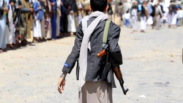 Organização denuncia abusos e tortura cometidos pelos Houthis no Iémen