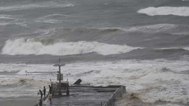 Tufão Mangkhut atinge Filipinas