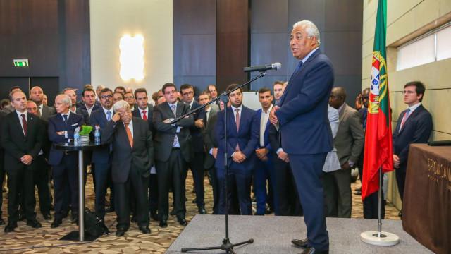 Angola: Costa anuncia linha de crédito às exportações de 1.500 milhões