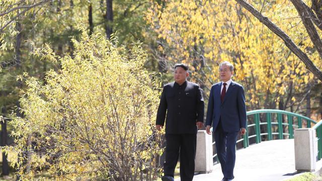 Coreia do Sul considera improvável ver Kim Jong-un em Seul ainda em 2018