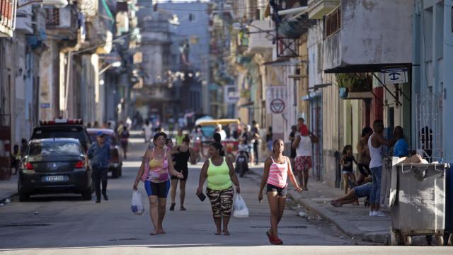 Todos vão ter acesso total à Internet nos telemóveis em Cuba