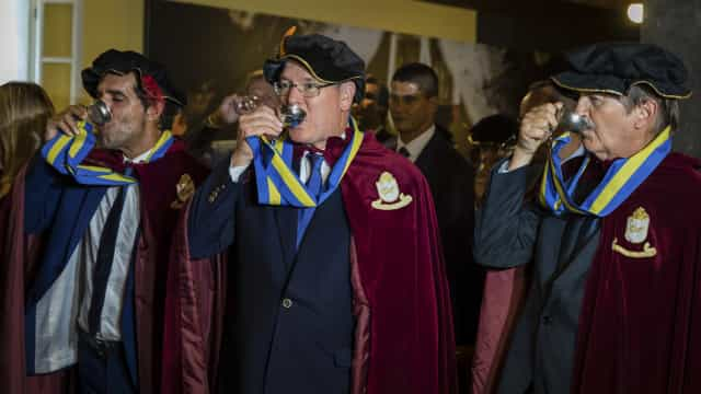 Príncipe Alberto II do Mónaco entronizado confrade do vinho da Madeira