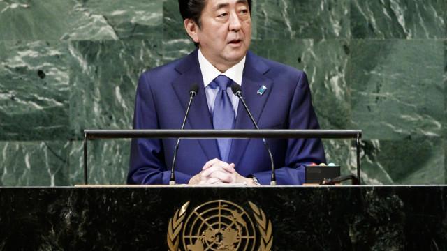Primeiro-ministro japonês disponível para encontro com Kim Jong-un