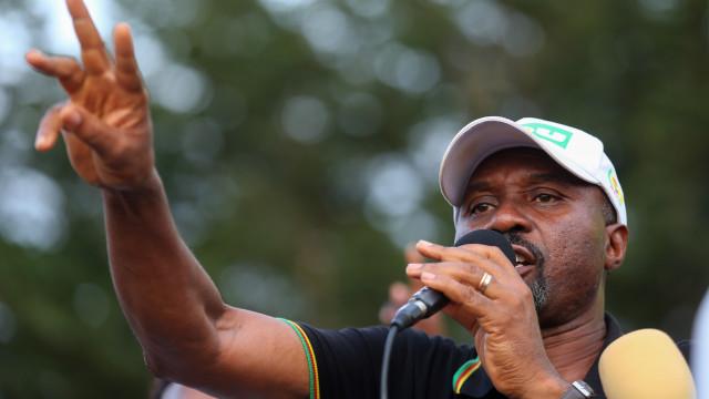 São Tomé: Oposição critica Governo por lançar obras durante a campanha
