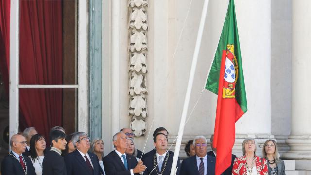 Costa associa-se a Medina para que Parlamento aprove leis sobre habitação