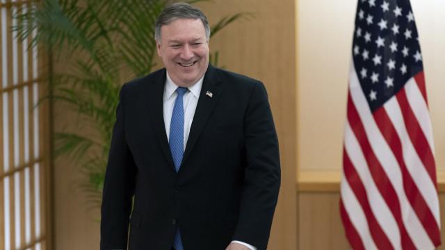 Pompeo parte rumo a Pyongyang para acelerar cimeira entre Kim e Trump