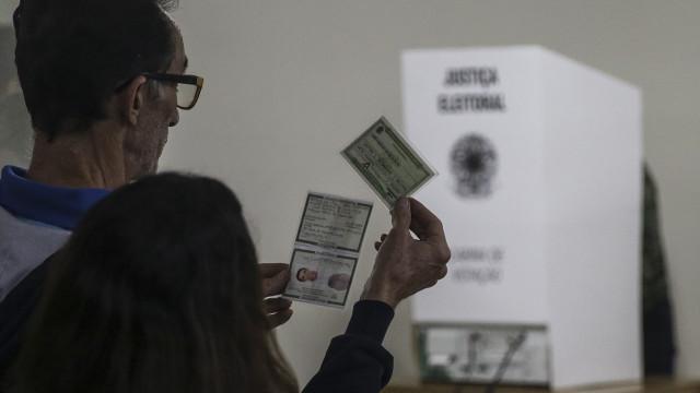 Uma em cada cinco pessoas não votou nas presidenciais do Brasil