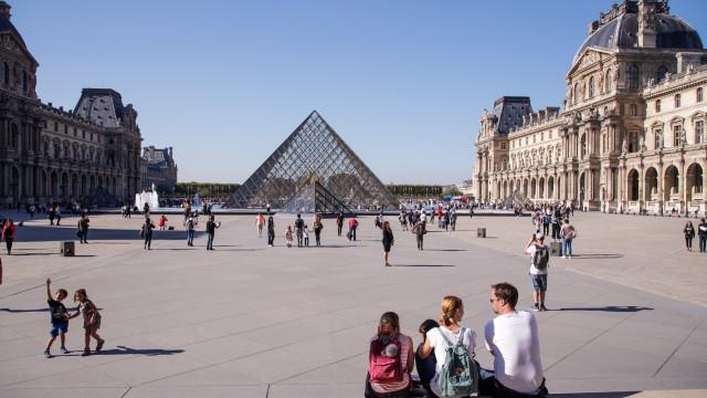 Louvre bate recordes com mais de dez milhões de visitantes em 2018