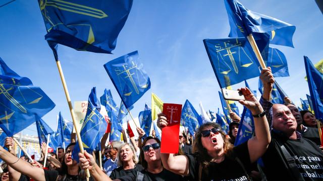 Funcionários judiciais agendam greves para novembro, dezembro e janeiro