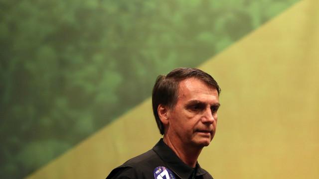 """Bolsonaro """"fomenta a violência, incluindo a cultura de violação"""""""