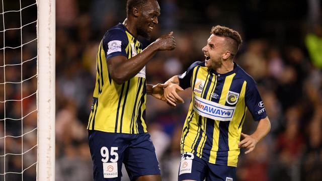 Usain Bolt deixa clube de futebol australiano Central Coast Mariners